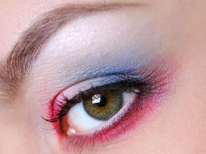 Perfekte Augenbrauen gibt's im Wellness Point